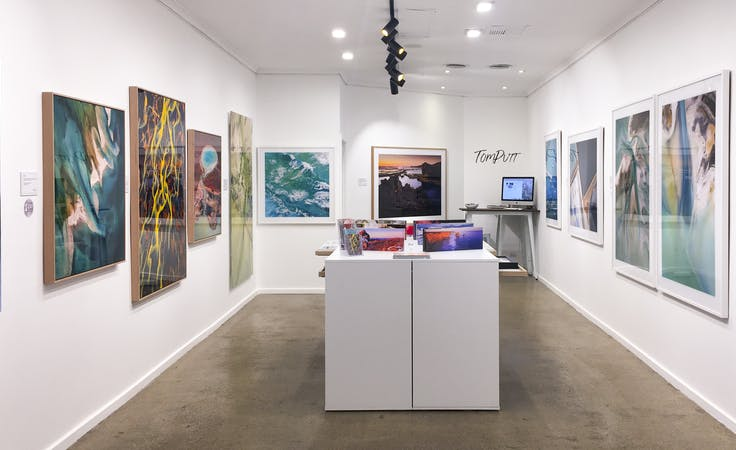 Gallery at Tom Putt Gallery, image 1